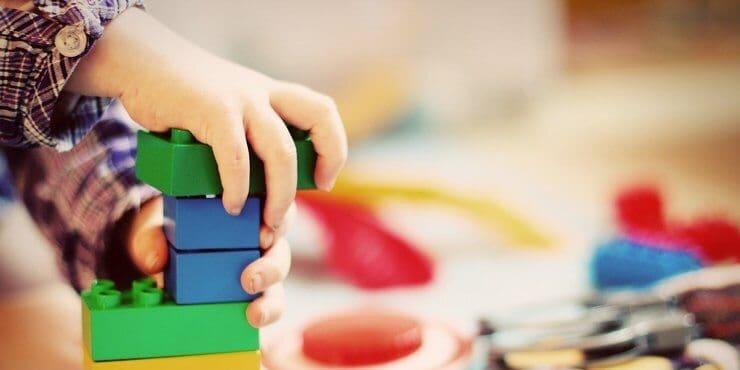 Kinderspielzeuge ab 2 Jahre für Jungs