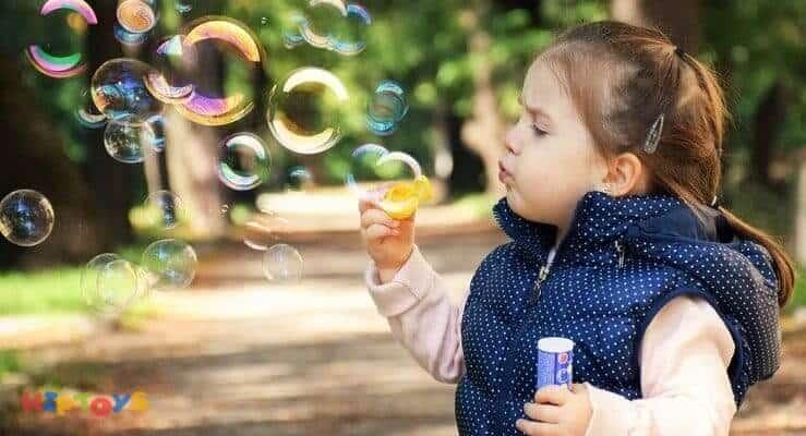 Spielzeug für 2-jährige Mädchen